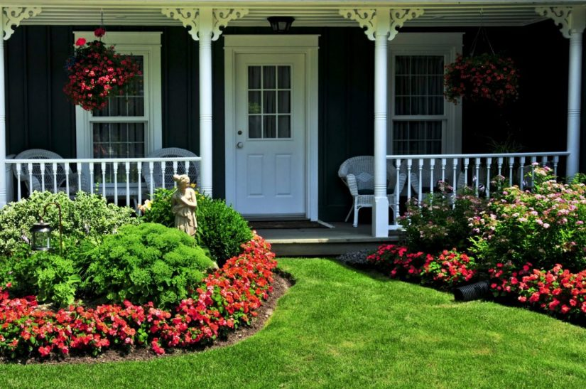 cropped-cropped-cropped-craftsman-house-with-flowers-for-spring-2017.jpg