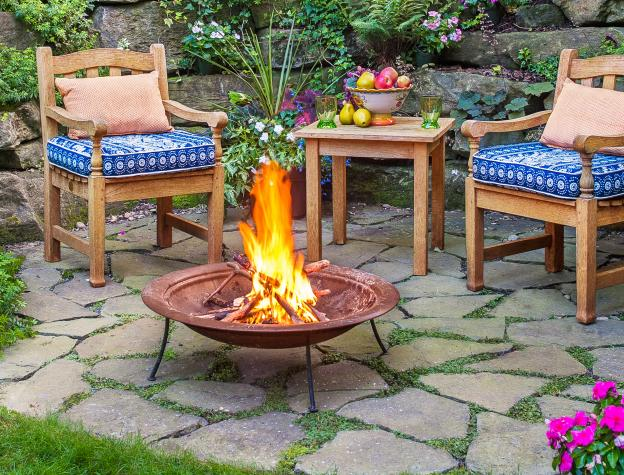 nestled-nook-firepit FIREPIT AND CHAIRS AND PATIO 2017