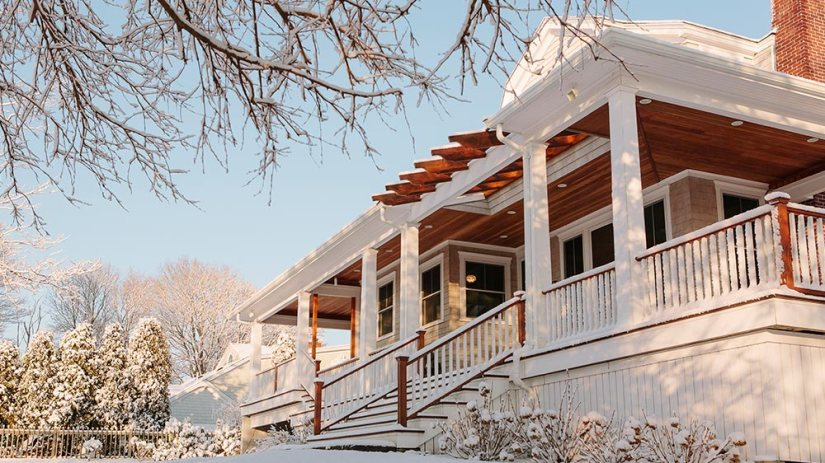 winter-real-estate-HOUSE WITH SNOW CRAFTSMAN 11 17